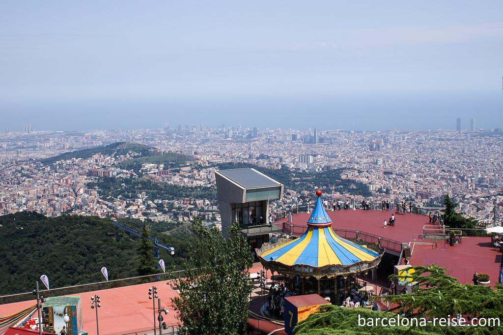 Tibidabo: Beliebtes Ausflugsziel mit Freizeitpark in Barcelona